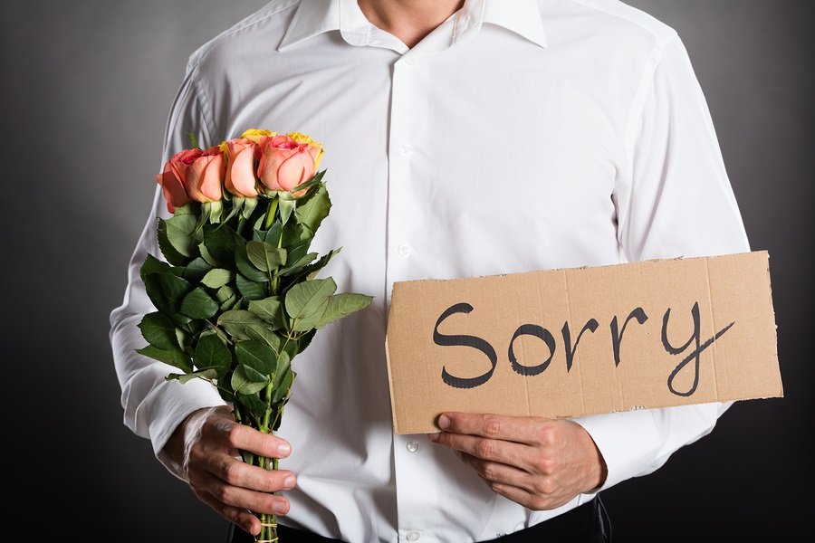 Hình ảnh anh xin lỗi em