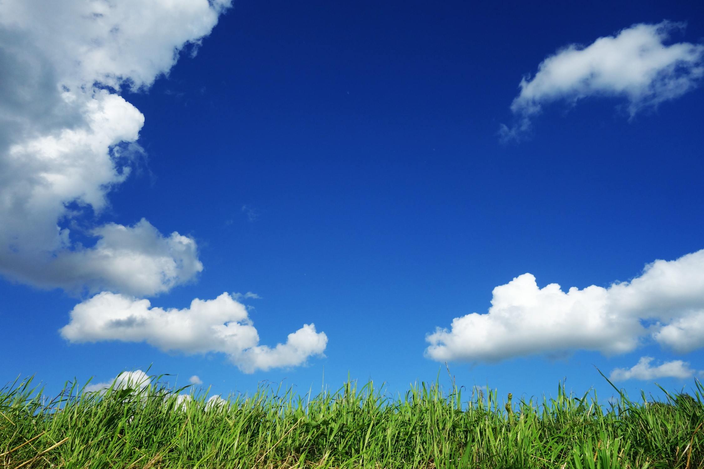 Hình ảnh bầu trời xanh và mây đẹp