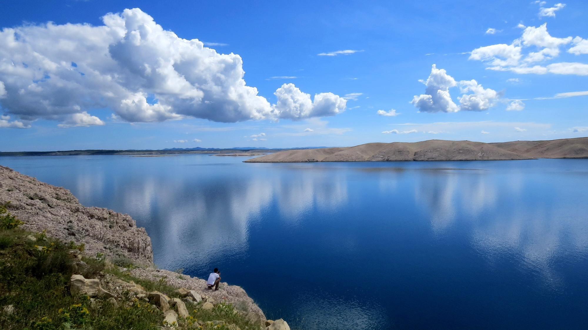 Hình ảnh mây trắng và bầu trời xanh