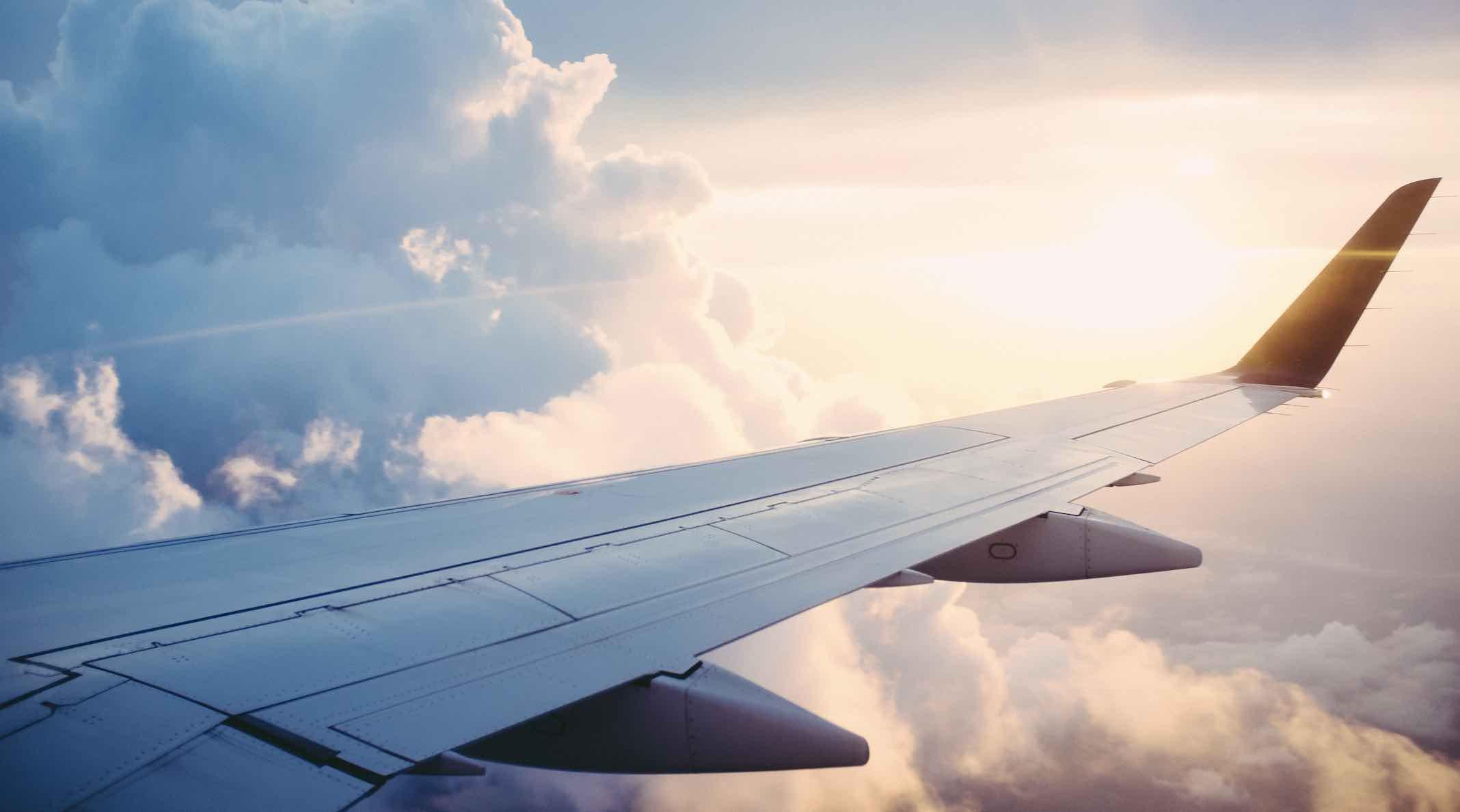 Hình ảnh cánh máy bay