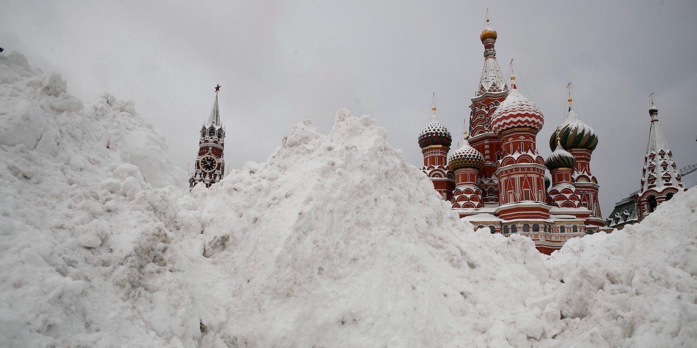 Hình ảnh lâu đài tuyết rơi cực đẹp