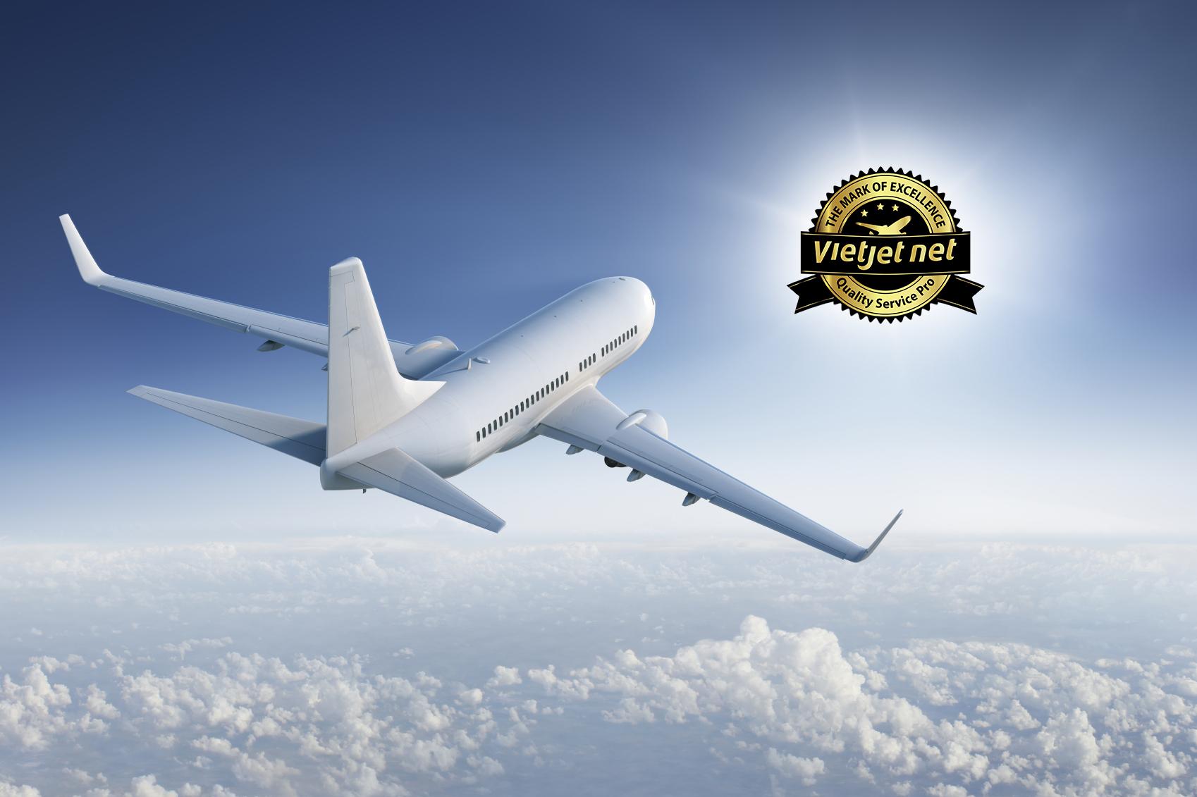 Hình ảnh máy bay trời mây