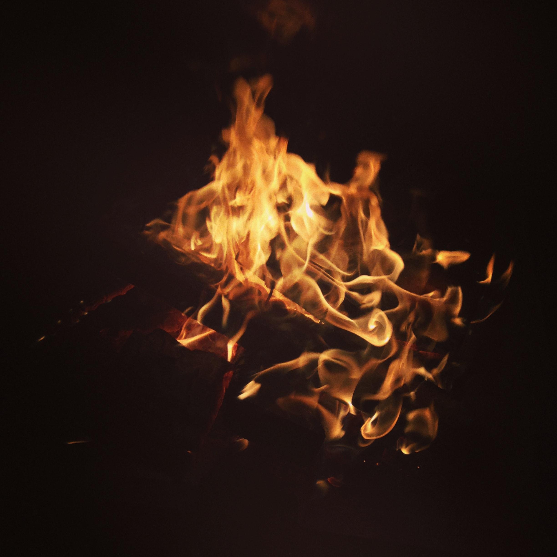 Hình ảnh ngọn lửa bùng cháy cực đẹp