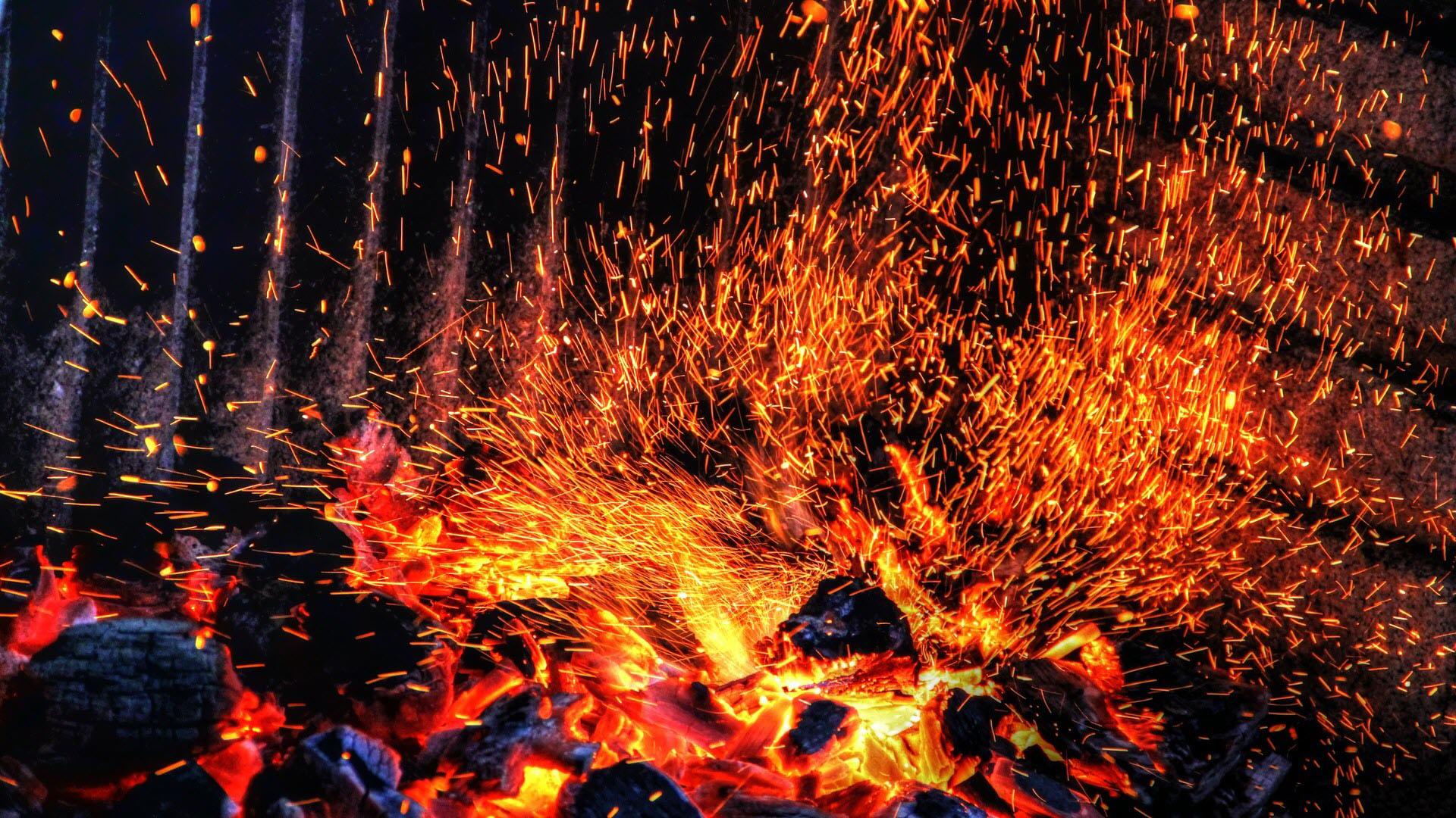 Hình ảnh ngọn lửa hoa lửa bắn cực đẹp