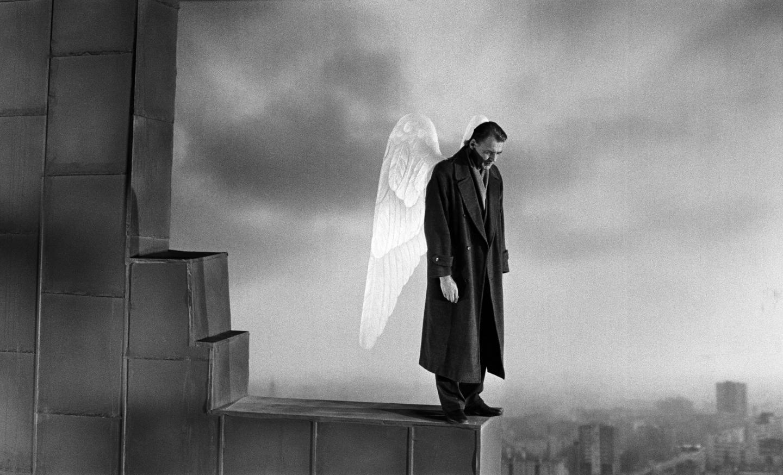 Hình ảnh thiên thần buồn bã