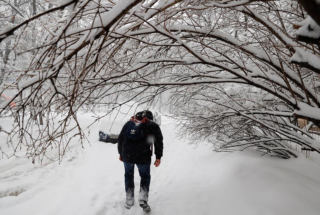 Hình ảnh tuyết rơi mùa đông cực đẹp