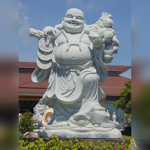 Tượng đá lớn Phật Di Lặc