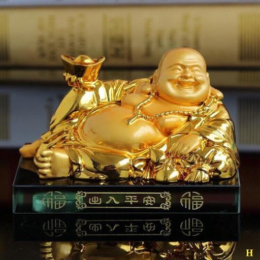 Tượng vàng cực đẹp của Phật Di Lặc