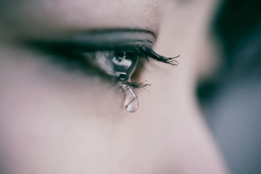 Ảnh khóc hoen mắt