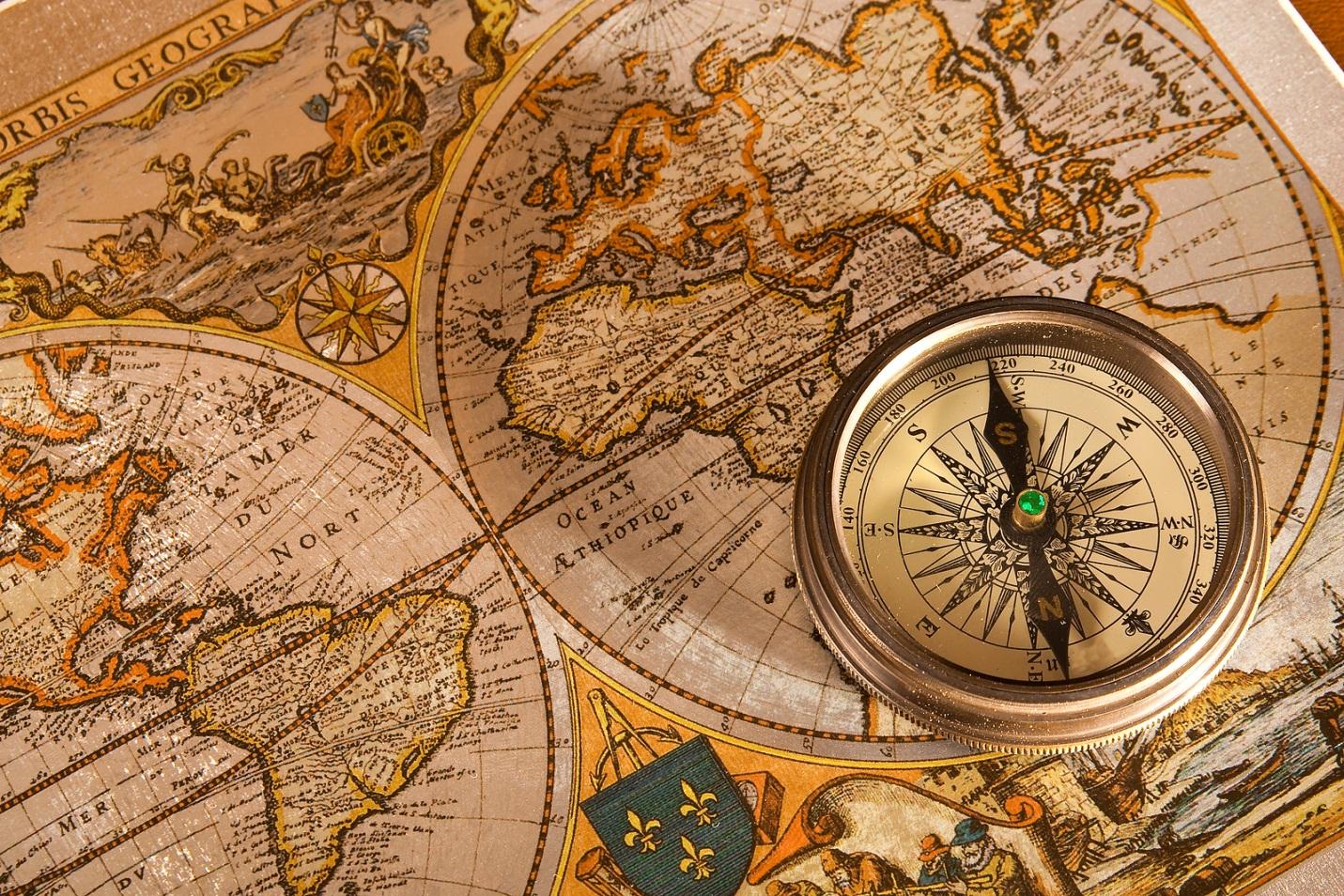 Hình nền powerpoint bản đồ thế giới la bàn và rất đẹp