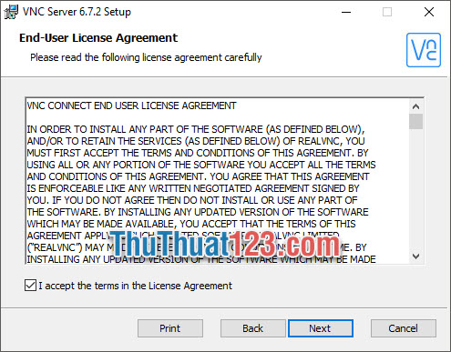 Tích dấu vào I accept the terms in the License Agreement