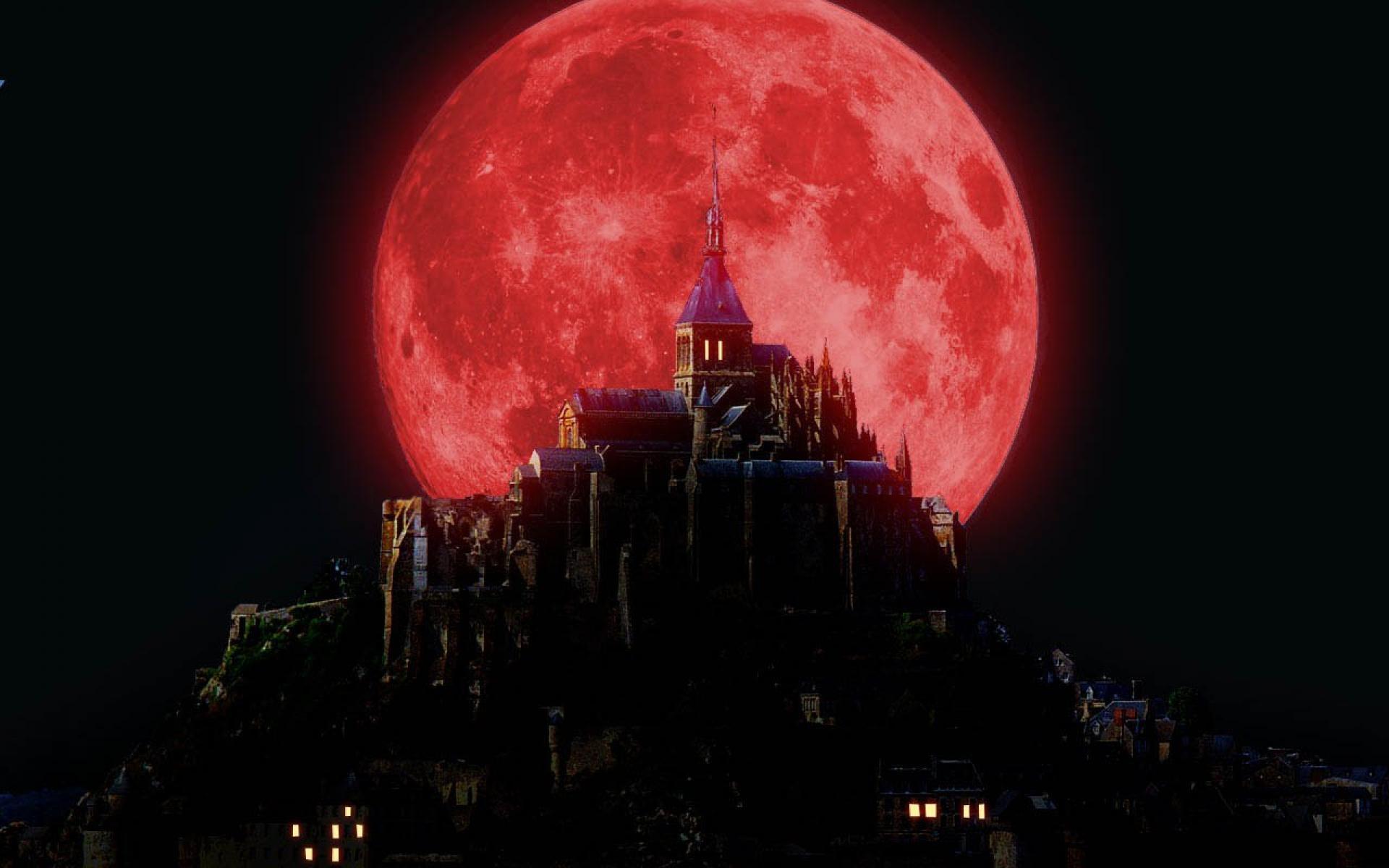 Ảnh mặt trăng máu siêu to
