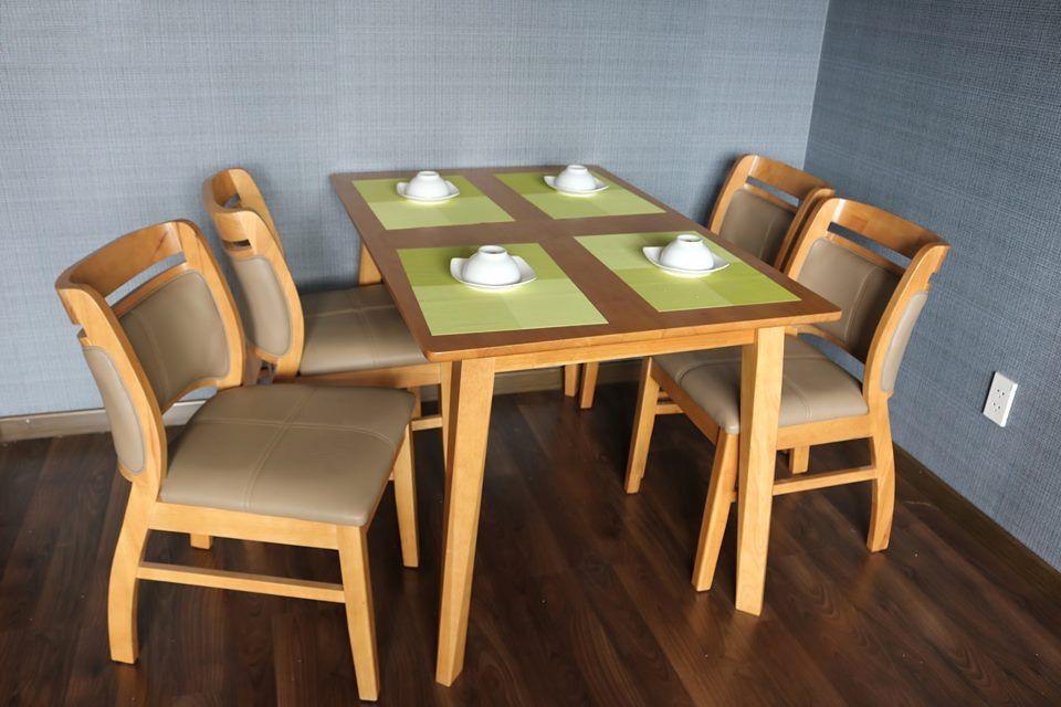 Mẫu bàn ăn hiện đại 4 ghế